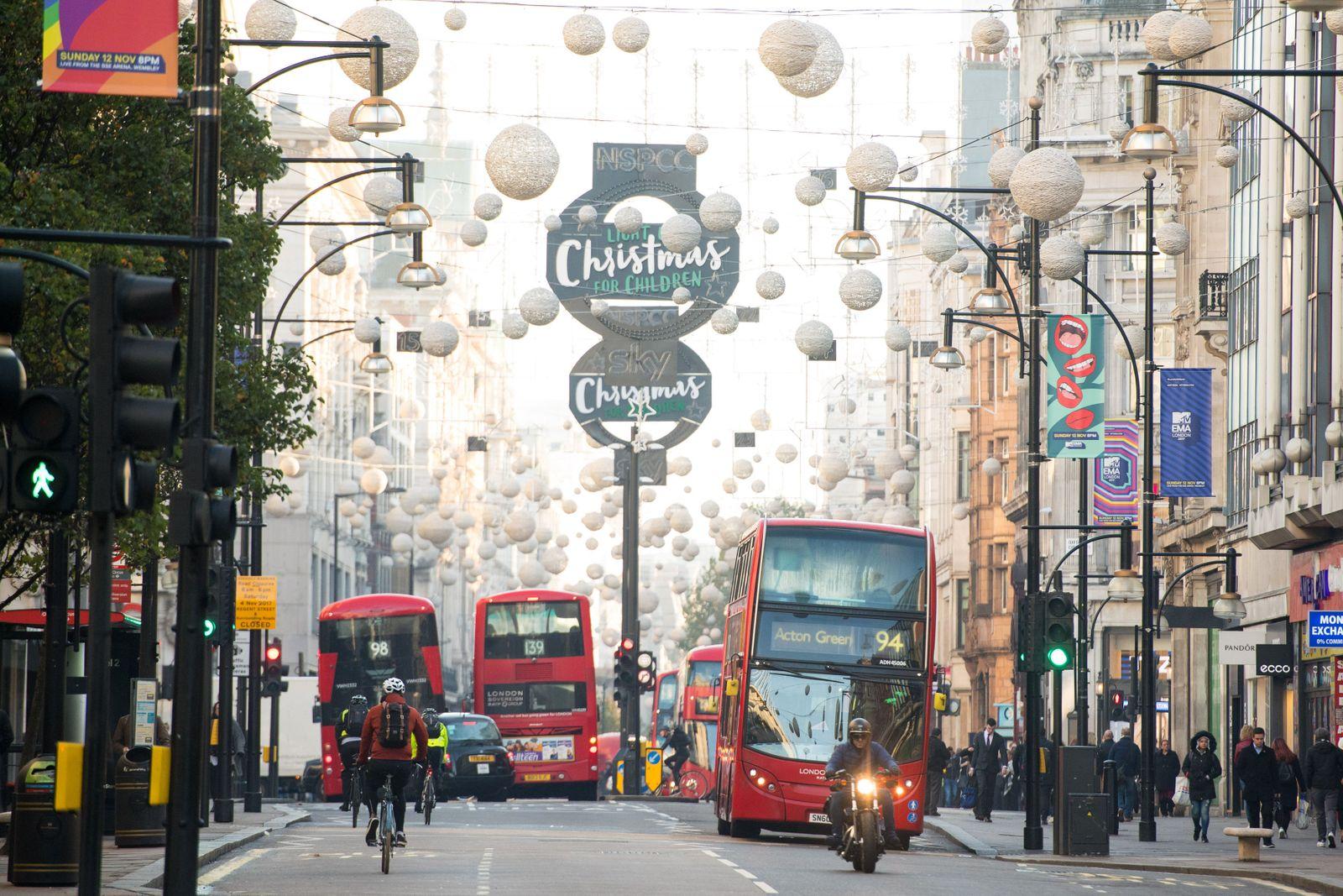 Einkaufsmeile Oxford Street in London