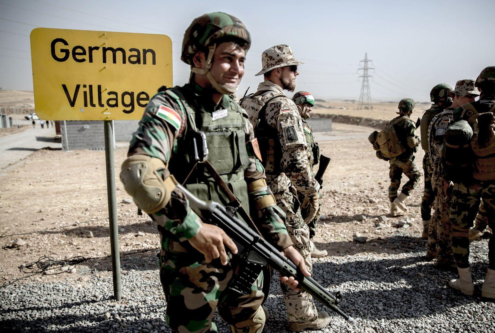 Verteidigungsministerin Ursula von der Leyen im Irak