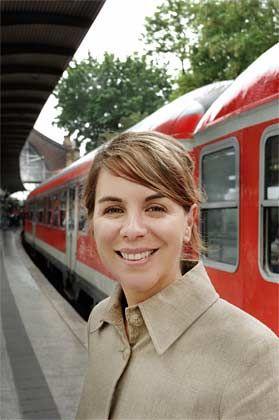 Karen Heumann: Auf Bahnreisen entwickelt das Vorstandsmitglied der Agentur Jung von Matt die kreativsten Ideen. Mehr Schnellverbindungen wären prima, meint die Werbefachfrau.