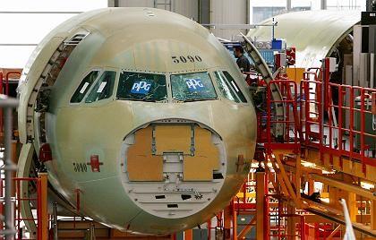 Airbus-Werk in Hamburg: Die Empfehlung, sich nicht einzumischen kann nur gelten, wenn sich alle daran halten.