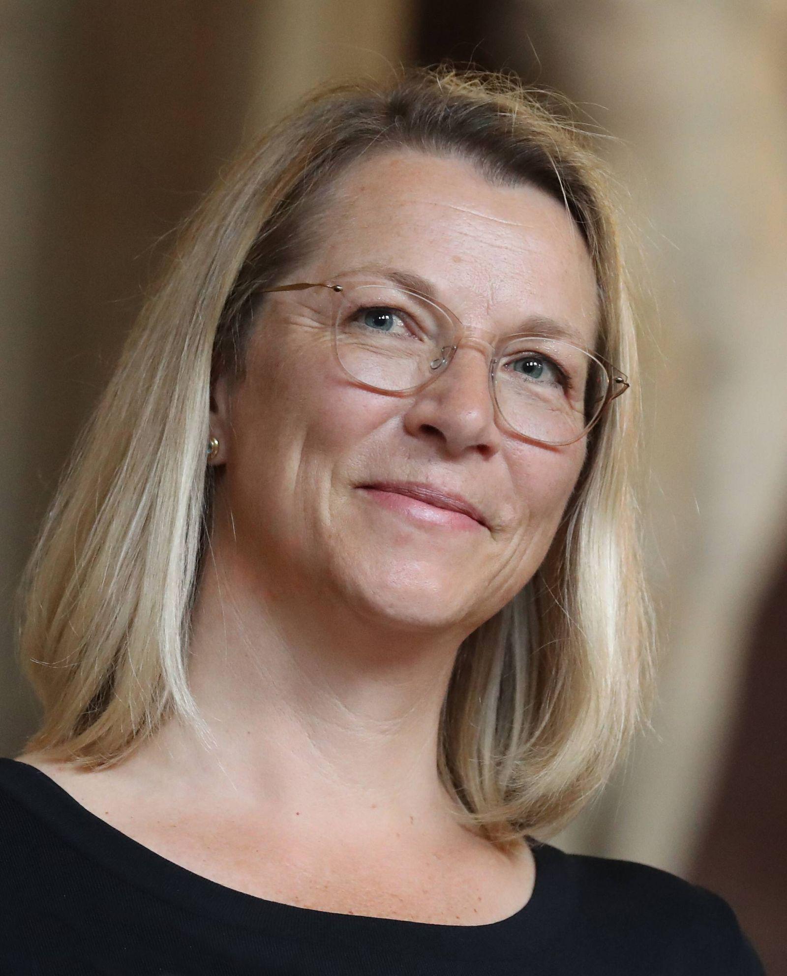 Verleihung des Bayerischen Verdienstordens Dr Christine Bortenlänger Muenchen Deutschland Residenz