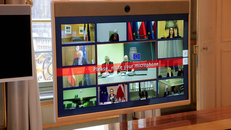 Videokonferenz der EU-Staats- und Regierungschefs: Ähnlich wie hier im Bild ermöglicht auch der Anbieter Zoom Videokonferenzen mehrerer Teilnehmer