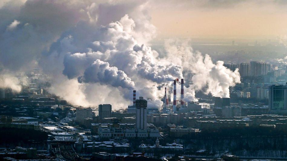 Industrieanlage: Emissionshandel brummt