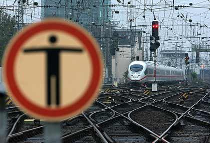 Keinen Meter weiter: Schon Montag könnte auf Deutschlands Gleisen wieder Stillstand herrschen