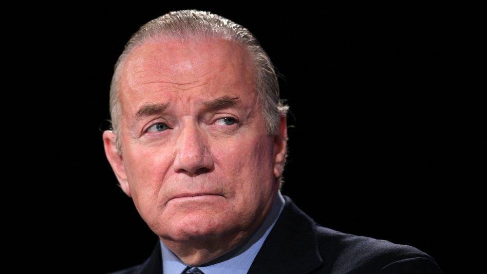 """""""Wir werden dem Vorstand schon zeigen, wo es langgeht"""": Der US-finanzinvestor Guy Wyser-Pratte will Stada in eine Fuison treiben. Ein Ziel hat er bereits erreicht; die Aktie steigt."""