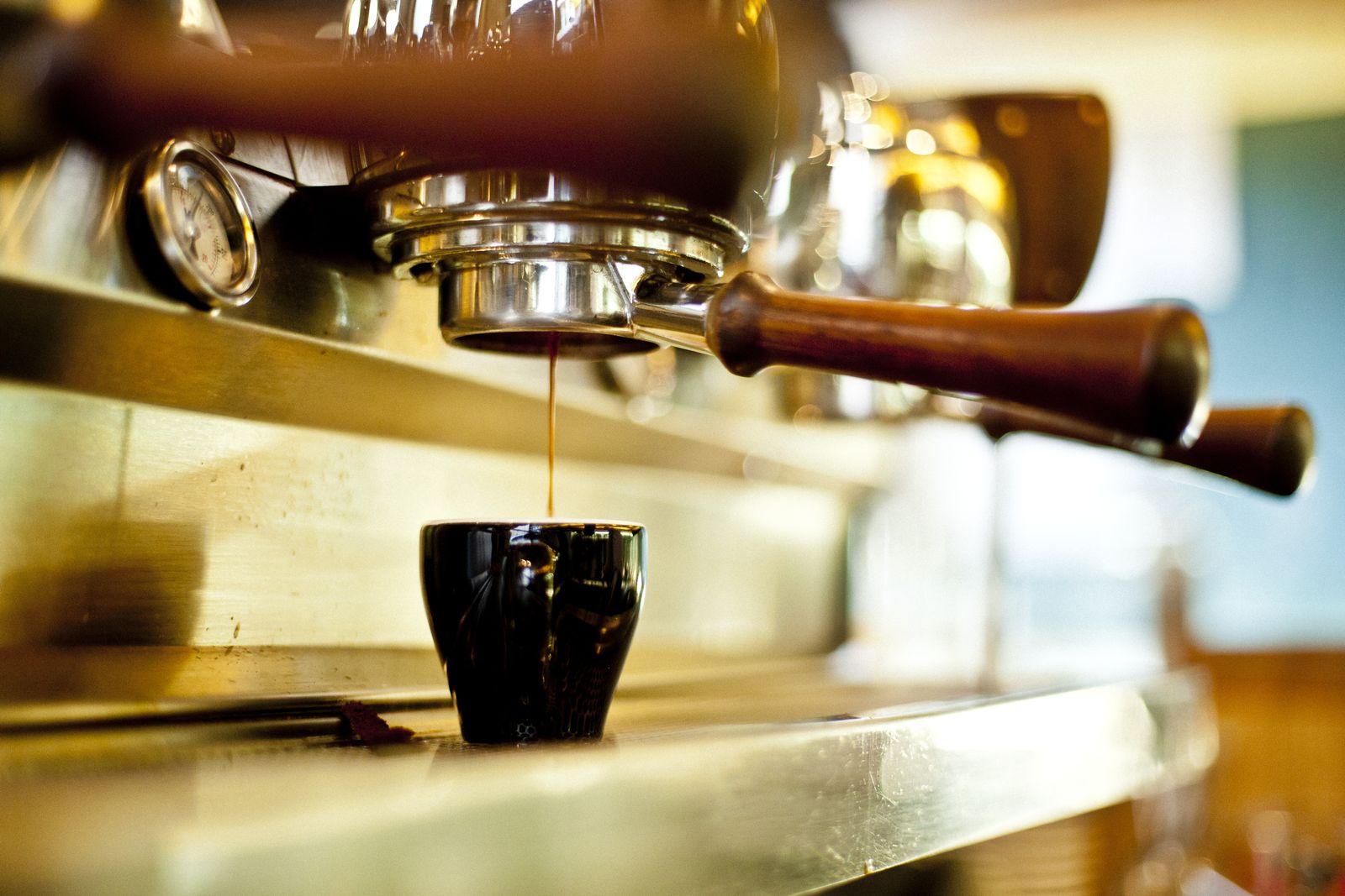 NICHT MEHR VERWENDEN! - Espresso/ Espressomaschine