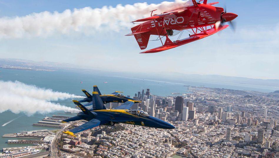 Verkehrte Welt: Über und auch in San Francisco hat der Wettbewerb der Tech-Riesen skurille Folgen
