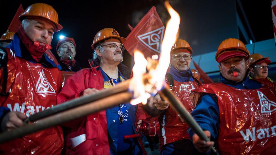 Arbeitskampf: IG Metall erhöht den Druck