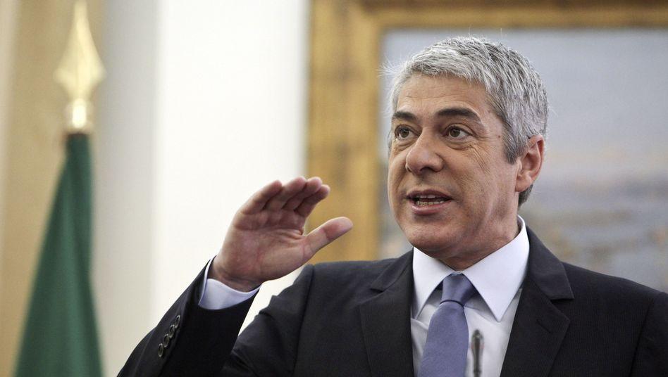 """Portugals Ministerpräsident Jose Socrates: """"Wer Gespräche ablehnt und statt dessen den Sturz der Regierung vorantreibt, wird den Preis dafür zahlen, dass er das Land damit in ein gefährliches Abenteuer treibt."""""""