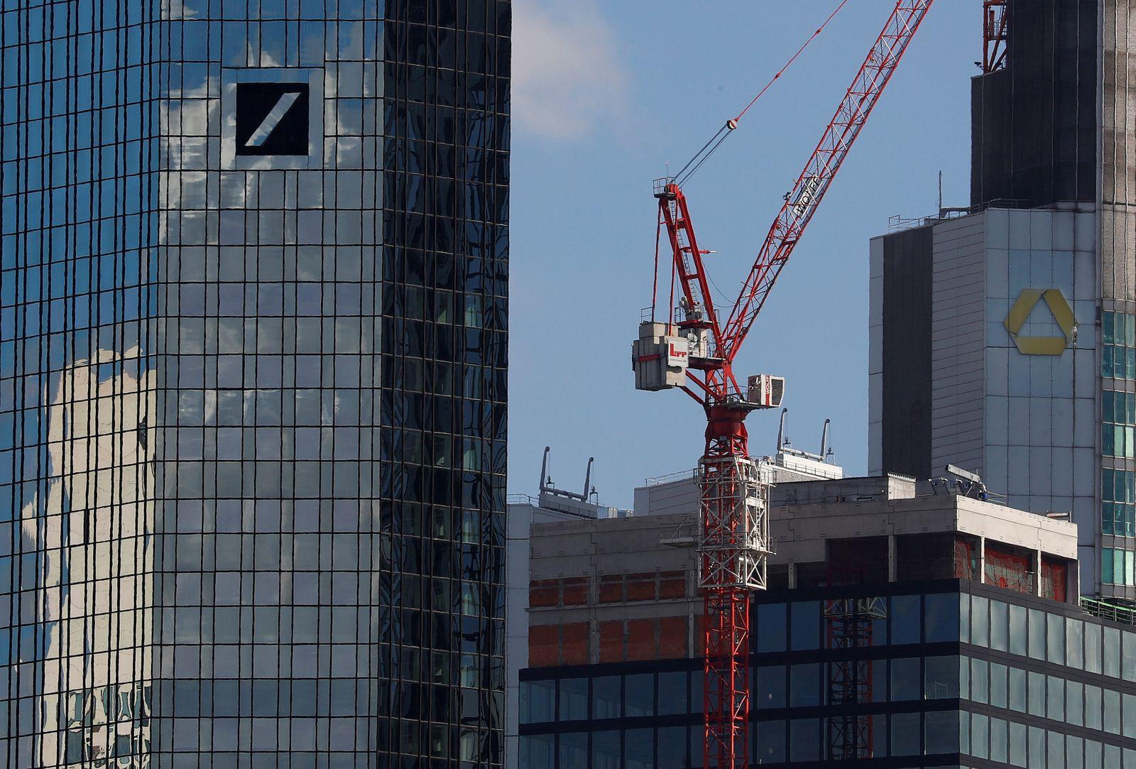 EINMALIGE VERWENDUNG Deutsche Bank / Commerzbank / Fusion / Baustelle