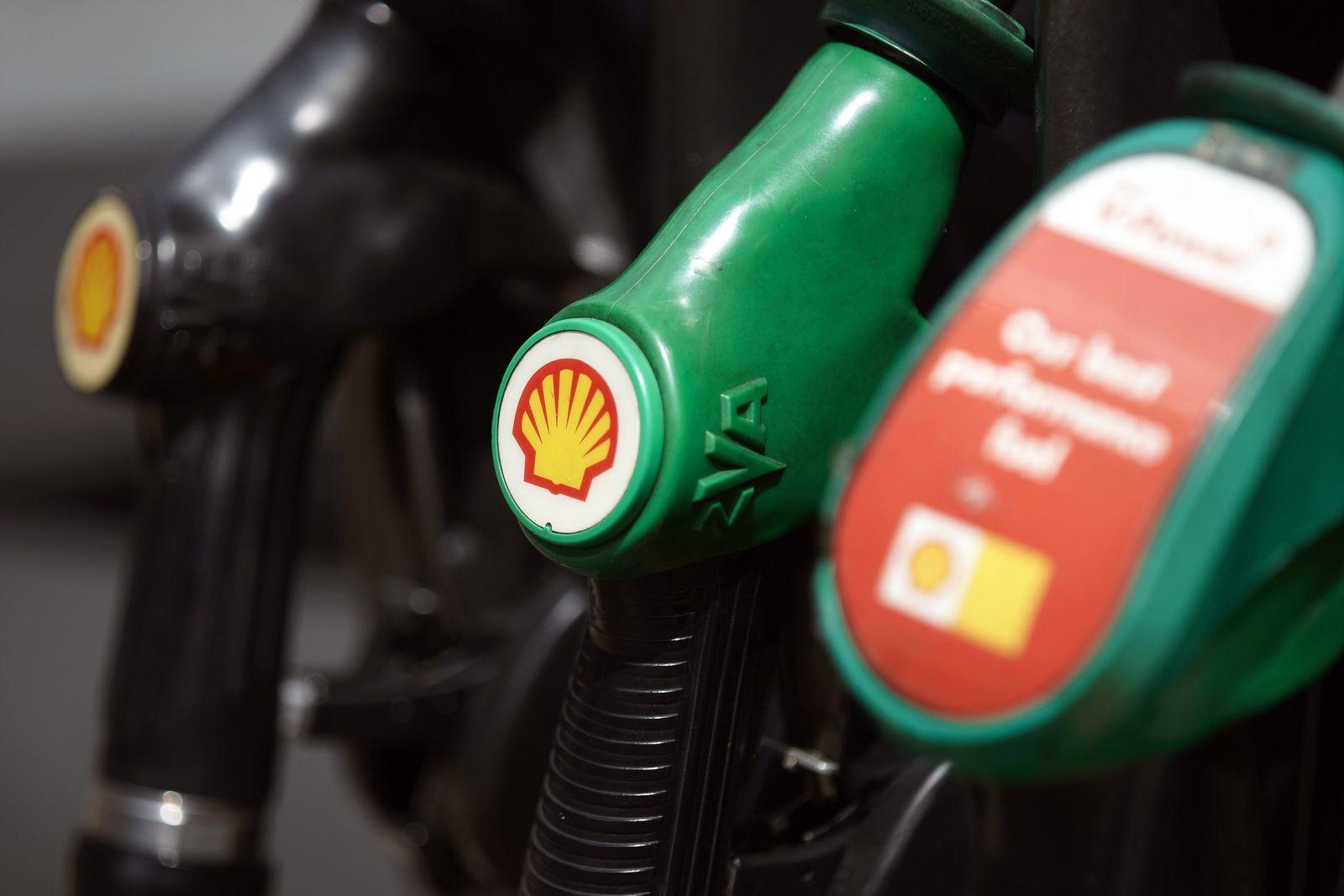 Royal Dutch Shell / Tankstelle / Zapfsäule / Benzin / Diesel / Kraftstoffe