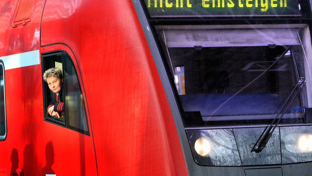 Angriffe auf den Koloss: Wie sich Konkurrenzgewerkschaften gegen Verdi formieren