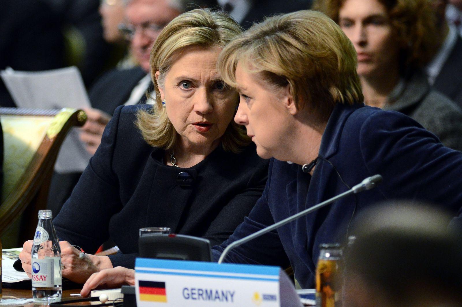 OSZE-Gipfel / Kasachstan / Merkel Clinton