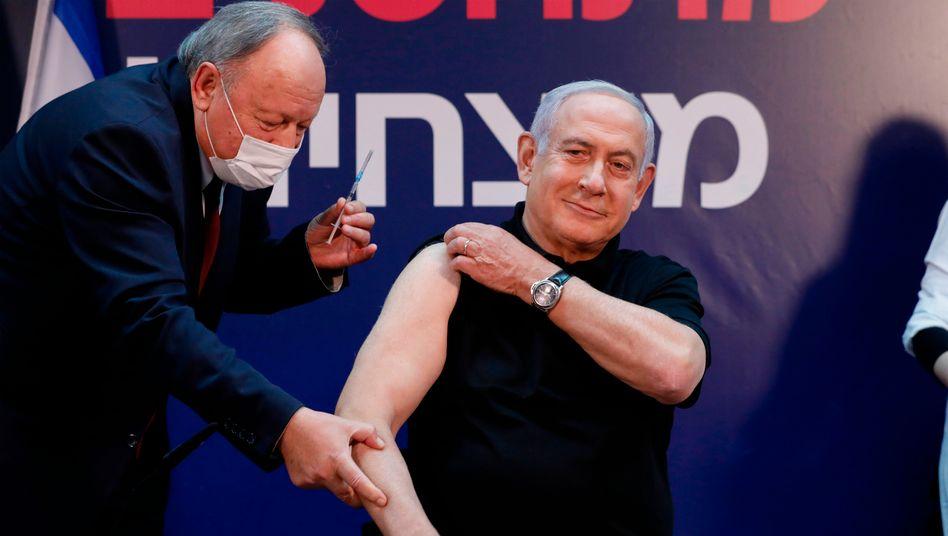 Großangelegte Kampagne: Auch Israels Ministerpräsident Benjamin Netanyahu (71) wurde schon geimpft