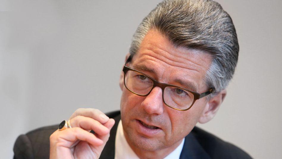 """""""Da muss man sich in Sachsen-Anhalt schon Sorgen machen."""": BDI-Präsident Ulrich Grillo"""