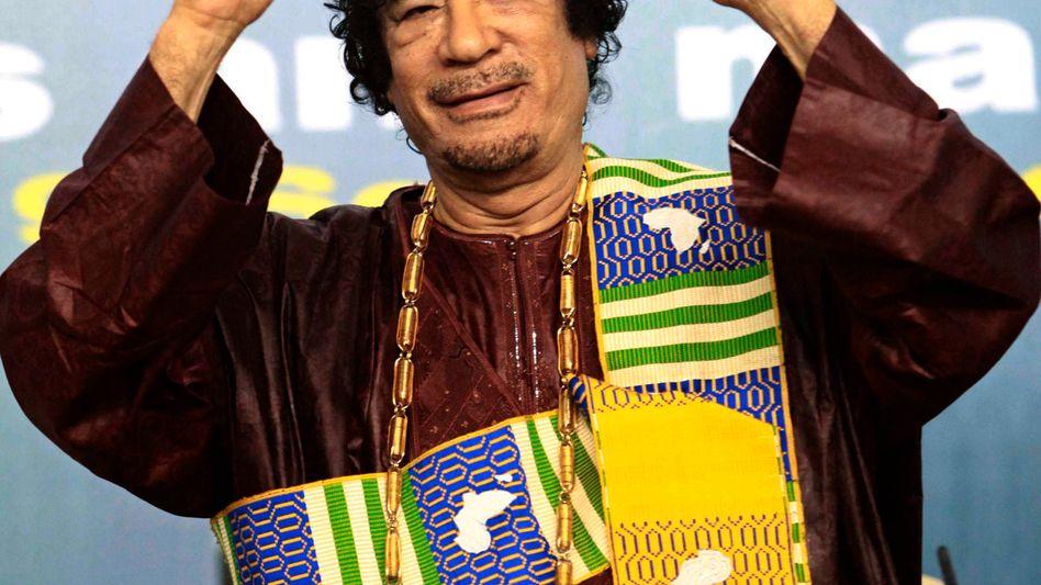Dr. rer. publ.? Muammar al-Gaddafi steht vor dem Aus