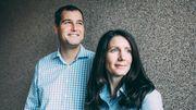 Ein Ehepaar auf Firmenjagd
