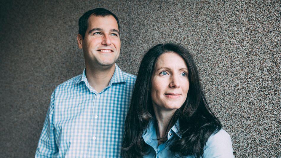 Job für zwei: Zeitfracht-Eignerin Jasmin Schröter hat die Kontrolle. Im Tagesgeschäft bestimmt ihr Ehemann Wolfram Simon-Schröter, bei der Strategie beide.