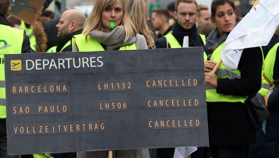 Streik des Lufthansa-Kabinenpersonals: Durch den Arbeitskampf fielen 1500 Flüge aus, 200.000 Passagiere waren betroffen
