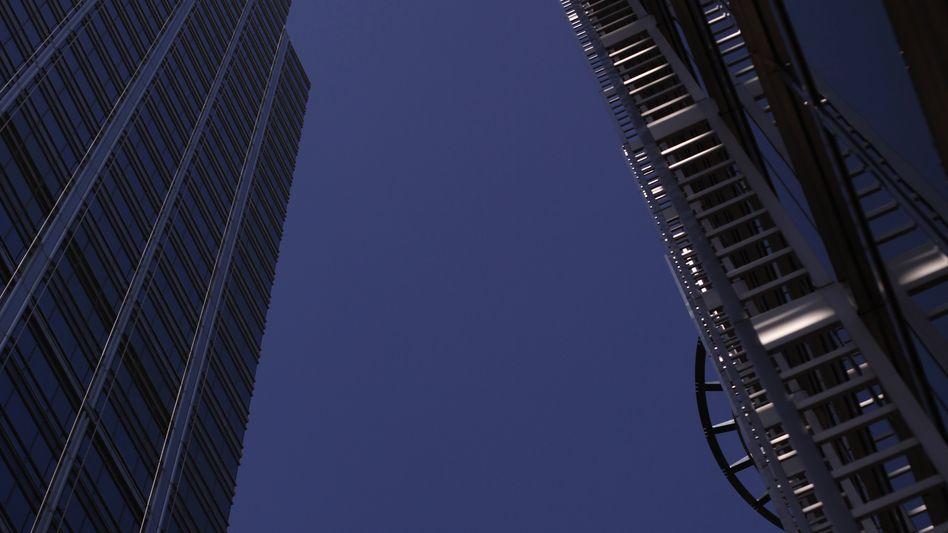 Zentrale London: Die britische Großbank HSBC hat in den vergangenen drei Jahre rund 40.000 Stellen abgebaut