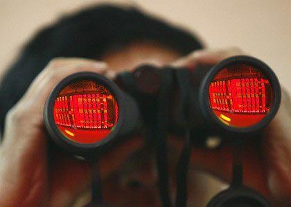 Rote Zahlen im Blick: Die Finanzkrise scheint abgehakt - ist aber noch nicht ausgestanden