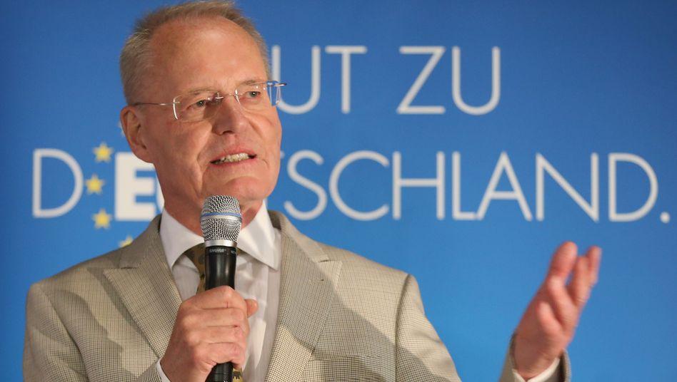 """Hans-Olaf Henkel: Tiraden gegen """"Altparteien"""" und """"Gutmenschen"""""""