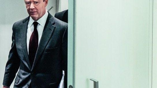 EINGEKASTELT Deutsche-Bank-Chef John Cryan gilt vielen nun als Lame Duck