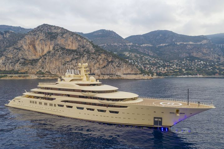 """Luxusyacht """"Dilbar"""" des usbekischen Milliardärs Alisher Usmanov: Der Verkauf solcher Privatschiffe floriert derzeit wie lange nicht"""