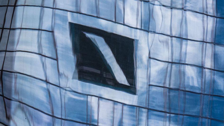 Deutsche Bank: Gelingt dem siechen Geldhaus noch der Turnaround?