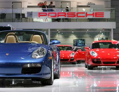 Porsche Boxster: Das Angebot für VW-Vorzugsaktien liegt mit 65,54 Euro leicht über der ursprünglich genannten Marke von 65,45 Euro