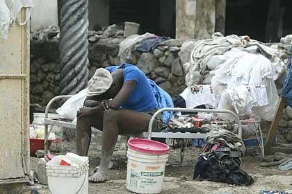 Armut: Lähmt die Menschen, fördert Korruption