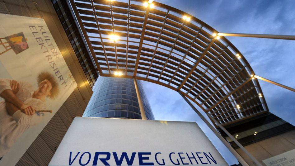 RWE-Zentrale in Essen: Konzern drücken Schulden in Höhe von 27 Milliarden Euro