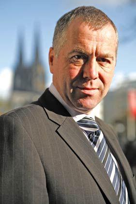 """""""Nachhaken"""": Norbert Ras, Deutschland-Chef des britschen Versicherers Legal & General, rät den Verbrauchern, die Anbieter genau nach den Kosten ihrer Produkte zu befragen"""