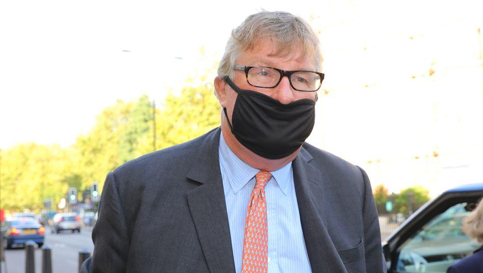 Crispin Odey erreicht am Montag das Londoner Gericht, vor dem er sich wegen des Vorwurfs der sexuellen Nötigung verantworten muss