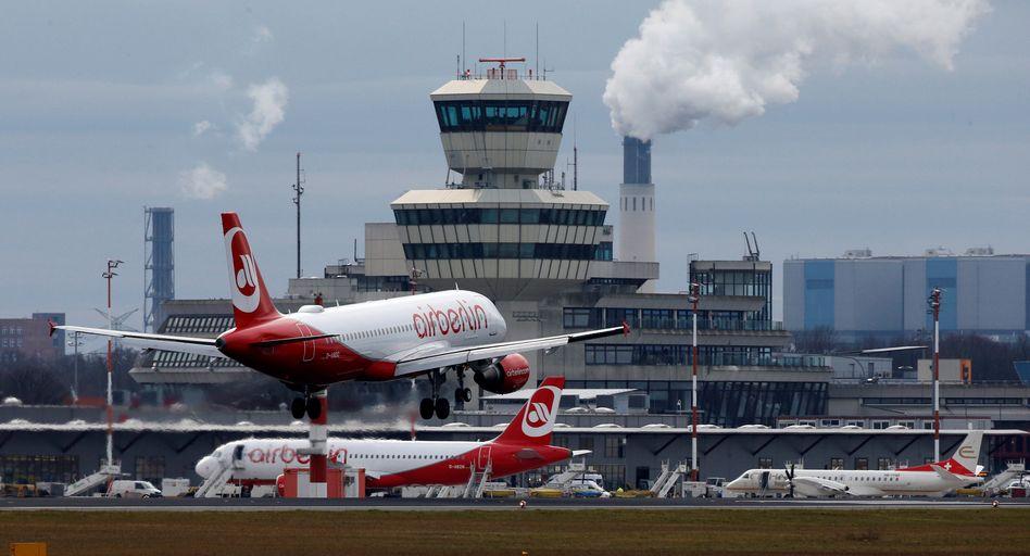 Durcheinander: Air Berlin am Flughafen Tegel.