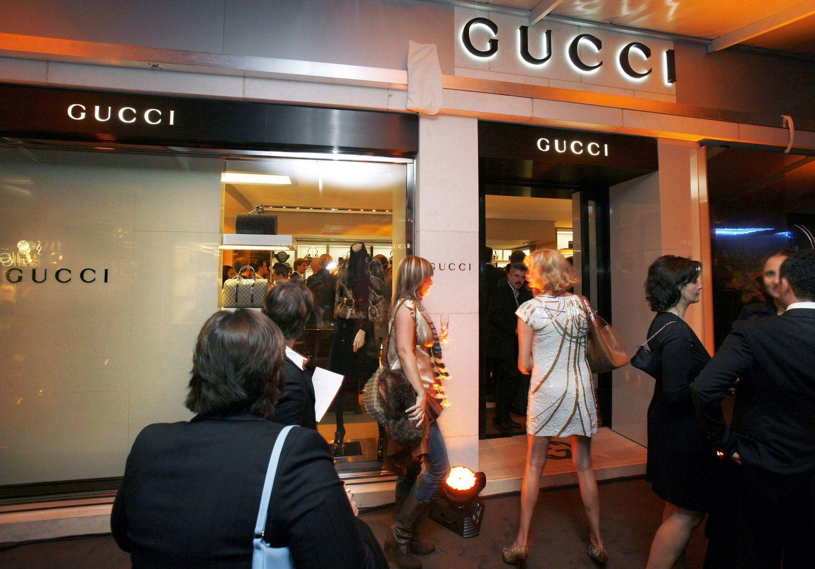 Reiche / Reich / Reichtum / Geld / Vermögen / Luxus / Superreiche / Armut / Gucci