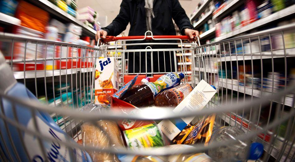 Rewe-Supermarkt: Künftig in einzelnen Filialen auch mit angeschlossener Abend-Weinbar