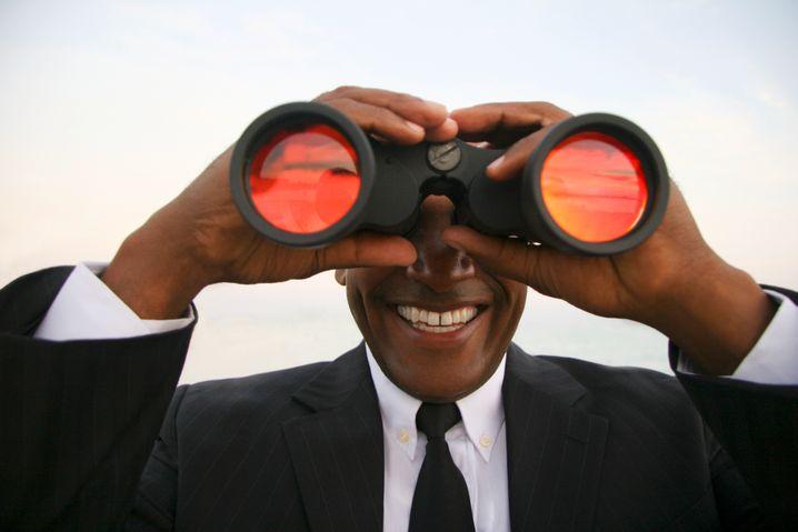 Den Stellenmarkt beobachten ist immer eine gute Idee - aber Sie sollten wissen, warum genau Sie das eigentlich tun