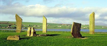 Ring of Brodgar: Sonnentempel, Mondobservatorium, gigantischer Kalender oder Totenkultstätte?