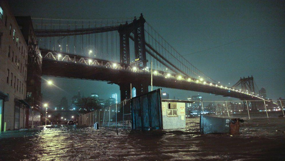 """Riesige Schadensbilanz: Milliardenschäden durch """"Sandy"""""""