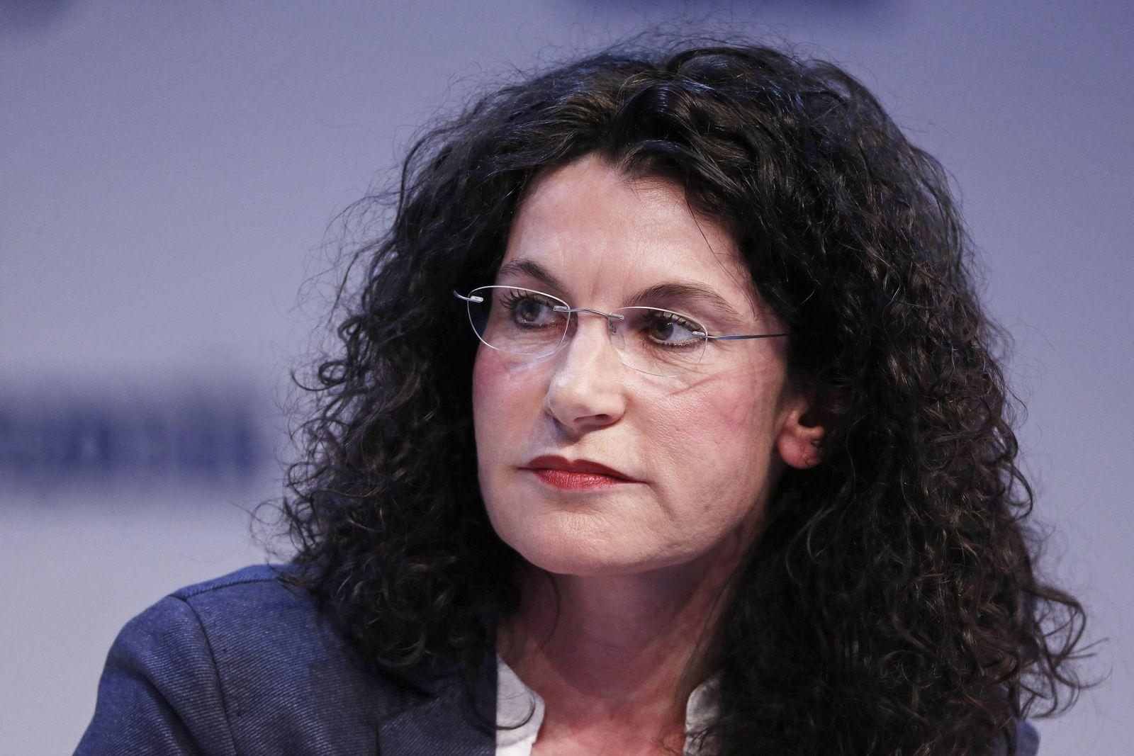 D¸sseldorf, Deutschland, SPOBIS, Sportbusiness Kongress in D¸sseldorf am 30.01.2017 Die OPEL- Marketingchefin Tina M‹LL