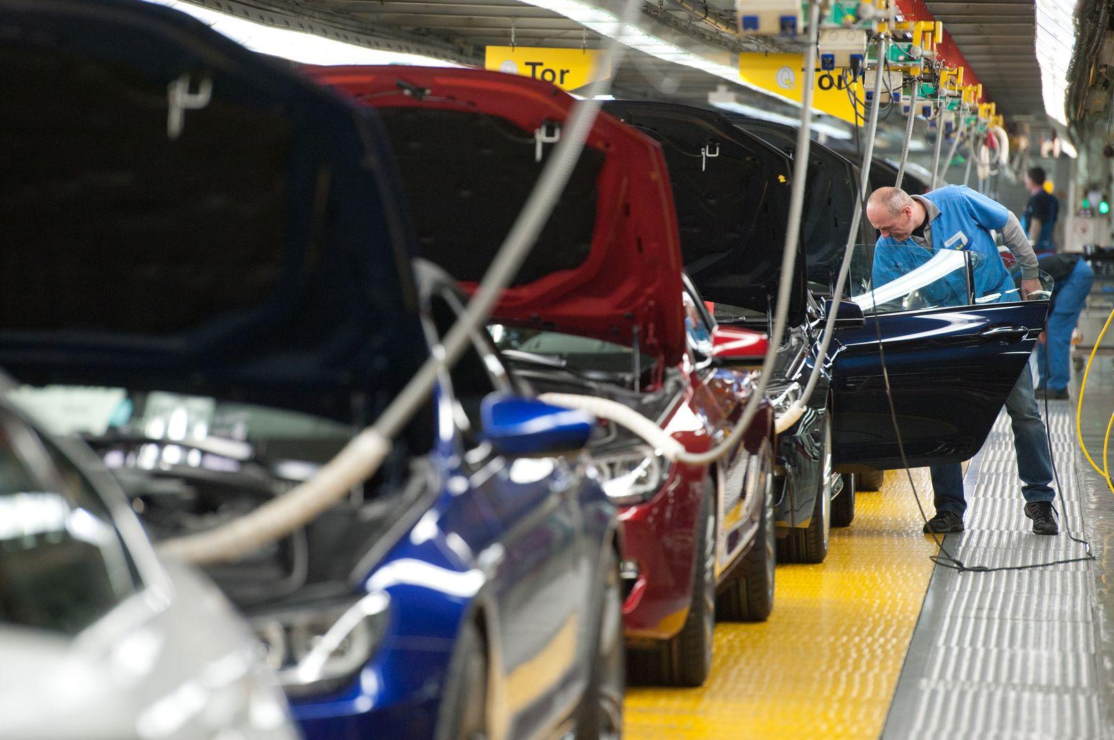 Autoindustrie / Auto-Produktion