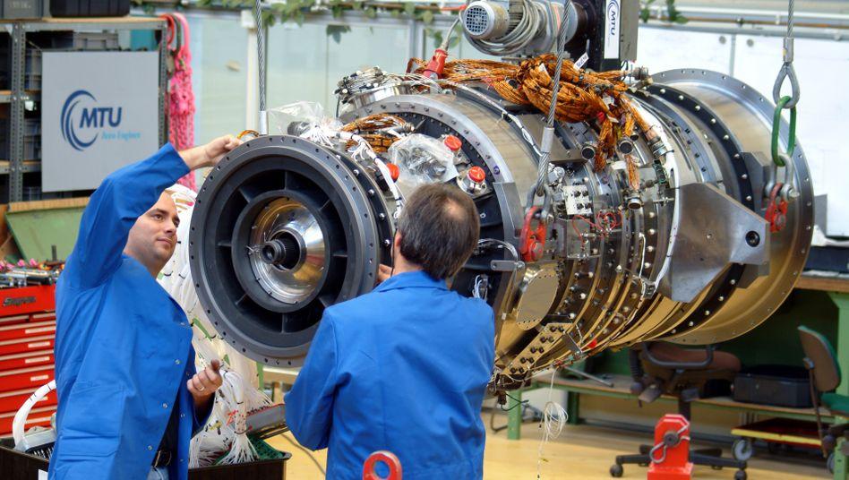 Es läuft rund: Die deutsche Wirtschaft verzeichnet für 2014 ein Wachstum von 1,6 Prozent - vor allem im Schlussquartal fiel das Wachstum stärker als erwartet aus