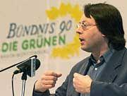 Staatsminister Volmer: Er will nach seinem Urlaub Auskunft geben