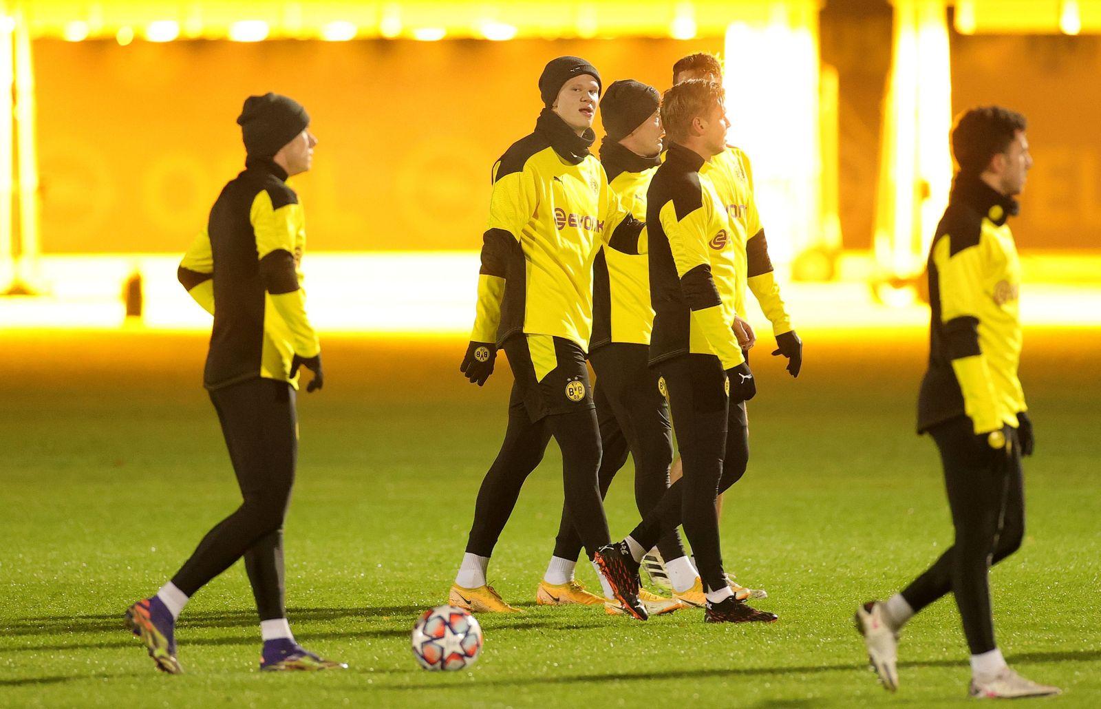 Borussia Dortmund training, Germany - 01 Dec 2020