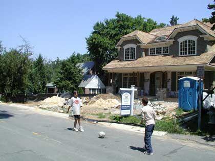 Noch boomt das Geschäft: Der US-Immobilienmarkt droht angesichts steigender Zinsen zusammenzubrechen