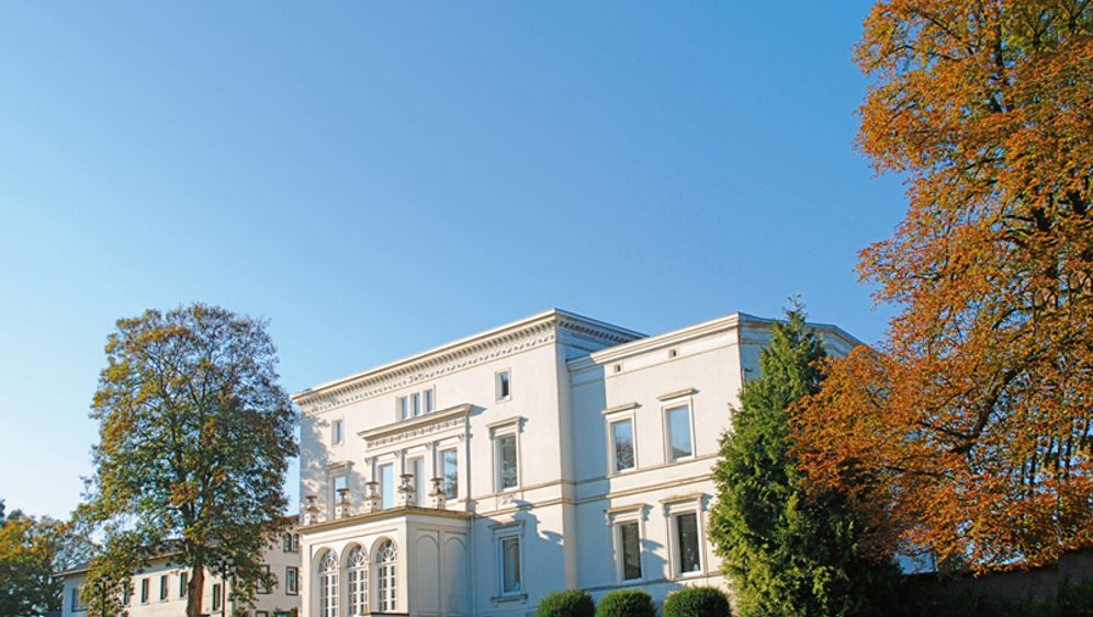 Schlösser, Burgen, Landhäuser: Historische Anwesen zum Kauf