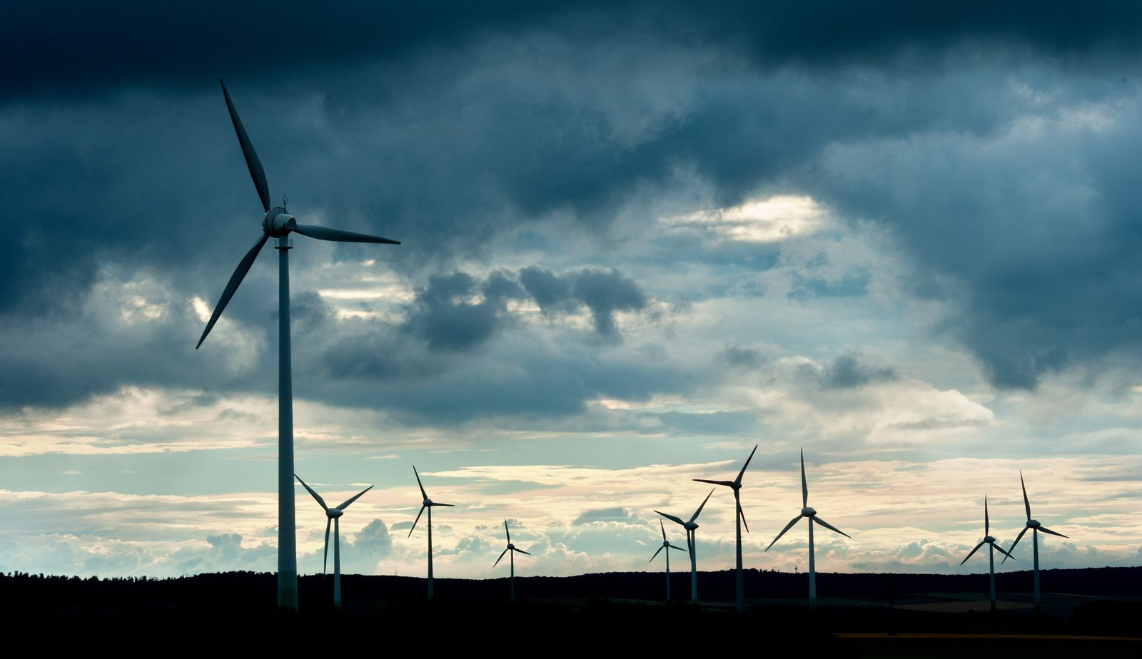 Windräder / Windenergie / Energie / Erneuerbare Energien