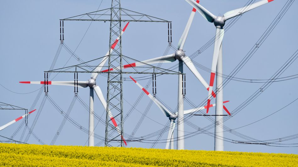 Windkraft auf den Vormarsch: Der schnelle Ausbau der Rotoren lässt den Anteil von Ökostrom im Netz steigen