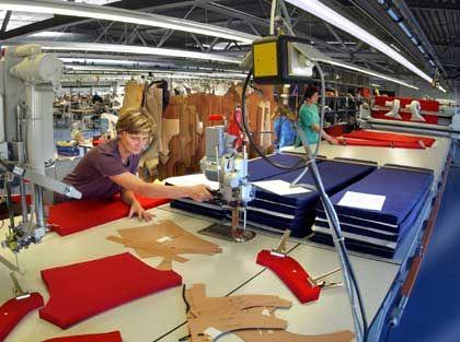 Banani-Schneiderei in Chemnitz: Bademoden, Brillen, Uhren oder Socken